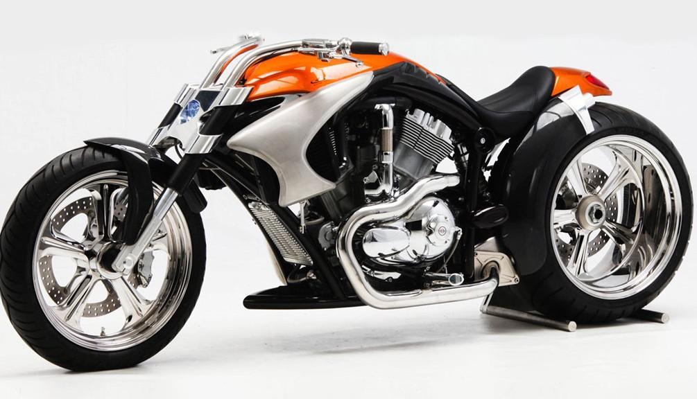 Harley Custom Bike mit Biker´s Reiniger